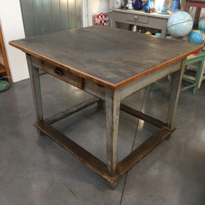 tavolo da lavoro modernariato Bobeche vintage store