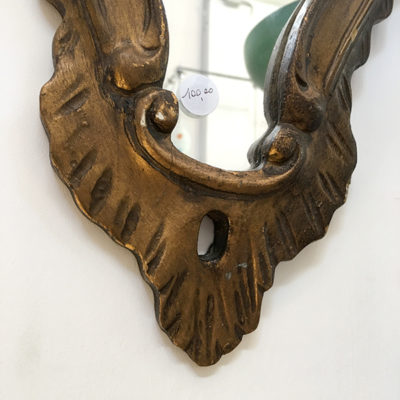 specchio oro antico sagomato