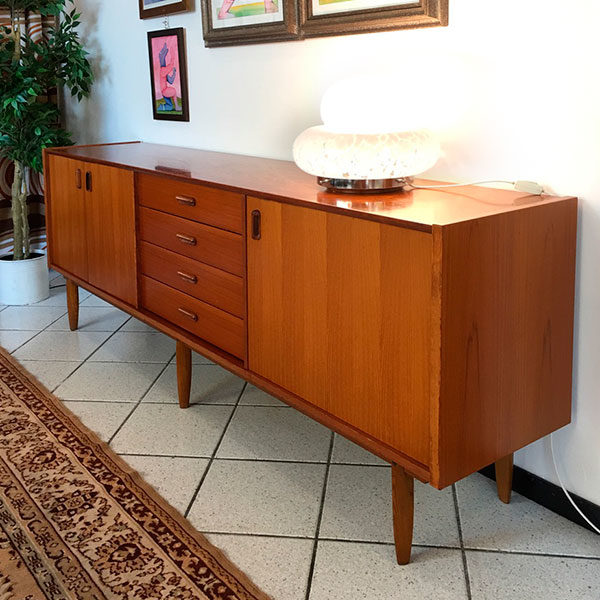 sideboard in teak Bobeche