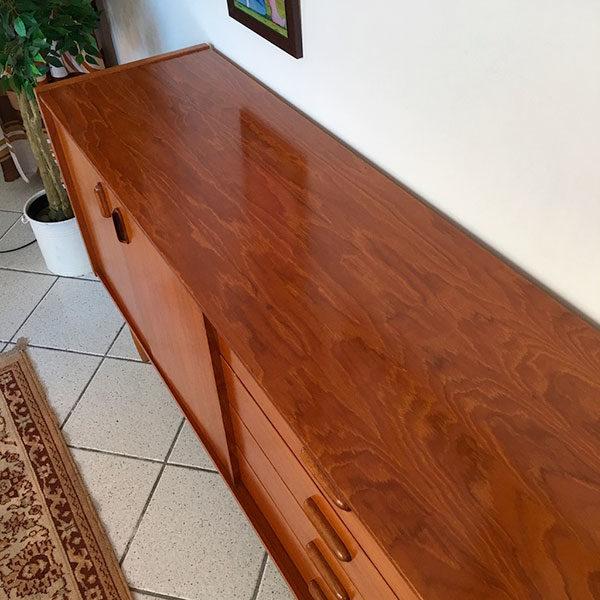 sideboard in teak Bobeche