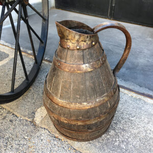 versatoio in legno vintage