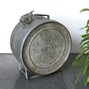 tanica per olio vintage in ferro