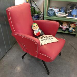 poltrona anni '50 americana rossa vintage