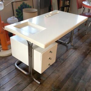 scrivania space age vintage anni '60