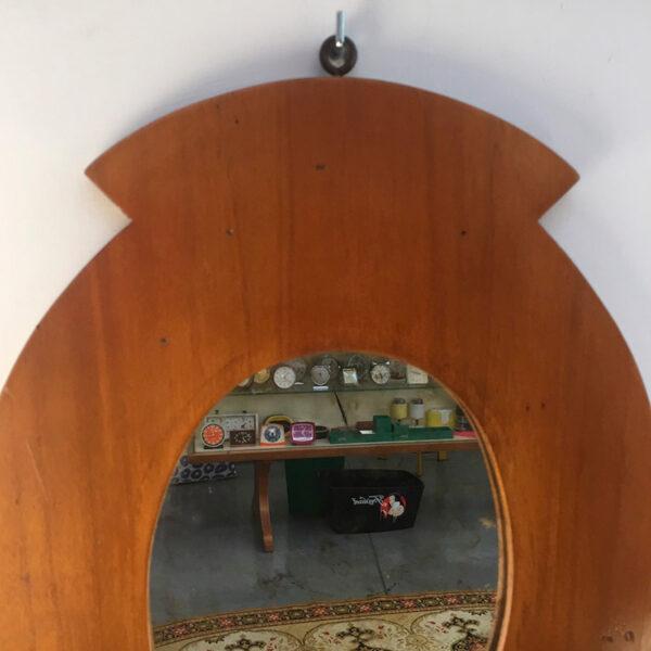 Specchio vintage con mensole