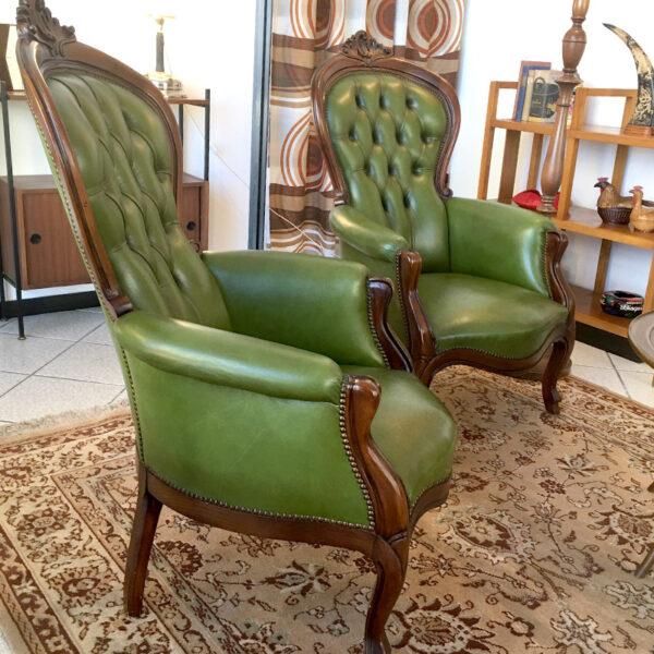 coppia poltrone classiche verdi vintage
