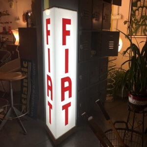 insegna Fiat luminosa vintage