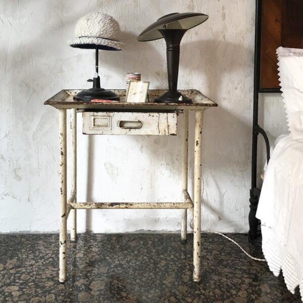 tavolino industriale vintage medicale italian vintage design