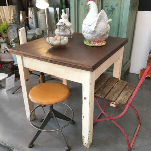 tavolo a tiro bianco e legno vintage